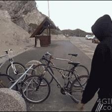 Bike-thief-steals