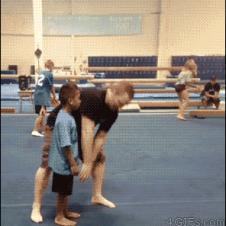 어린이 백플립 훈련