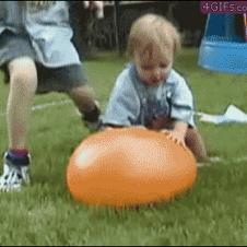 Baby-water-balloon-face-plant