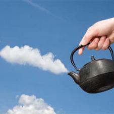 물을 끓여 구름을 만들어요