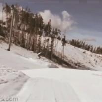 Snowboard hands trick
