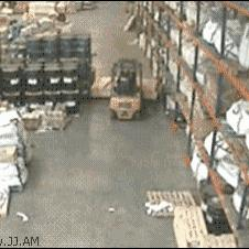 Forklift-warehouse-accident