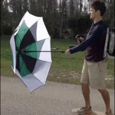 우산을 이용한 스케이트보드