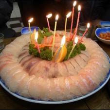 이렇게 회를 생일케익으로 받았으면 좋겠다