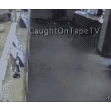 Bank-robbery-fail-trapped-awkward