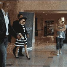 Lady-Gaga-fan-autograph-fail