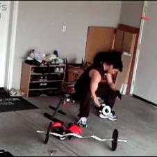 Weightlifting-mouse-prank