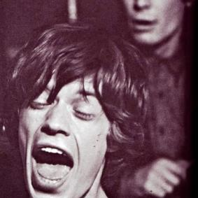 Rare and Amazing Vintage Photographs of a Young Mick Jagger From the 1960s