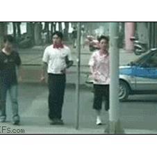 Friends-beat-up-streetlight