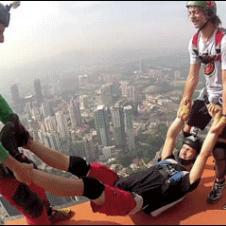 Parachute jumper gets pranked.