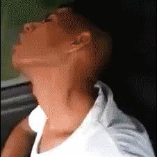 Sleeping-friend-wake-up-prank