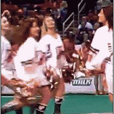 Cheerleader-shirt-stuck-while-dancing