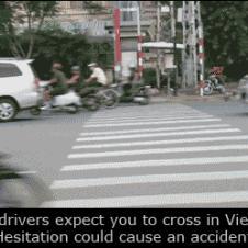베트남의 횡단보도 건너기