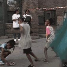 Girl-snake-wtf-dancing