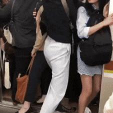 일본 출근시간대 지하철